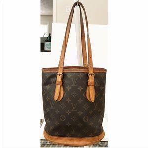 Louis Vuitton Bags - 💯Authentic Louis Vuitton Monogram Bucket PM Bag